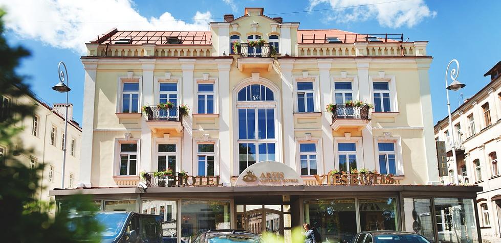 artishotel