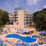 hotel-holiday-park